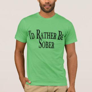 T-shirt A preferencialmente seja sóbrio