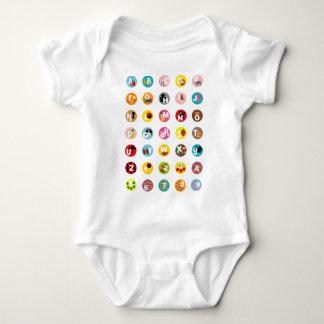 T-shirt alfabetos