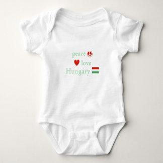 T-shirt Amor e Hungria da paz