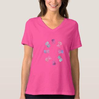 T-shirt apto relaxado do V-Pescoço das mulheres