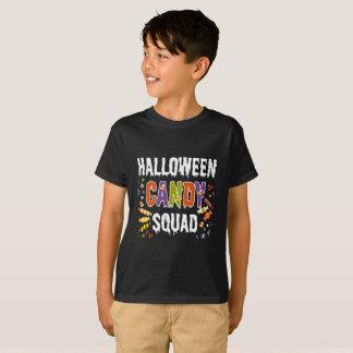 T-shirt bonito do milho de doces do Dia das Bruxas