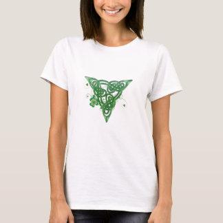 T-shirt Céltico do trevo da trindade