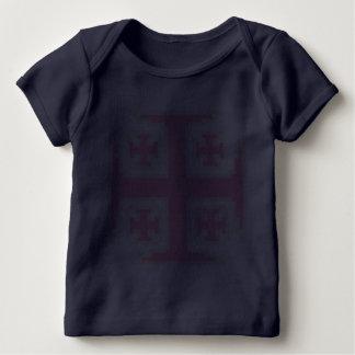 T-shirt cor-de-rosa do regaço do bebê de Kross™