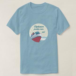 T-shirt Cruzeiro da família com navio de cruzeiros retro