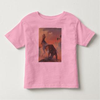 T-shirt da campainha da criança