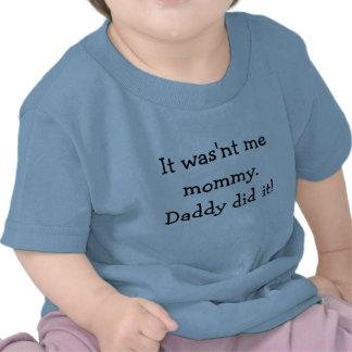 T-shirt da expressão da criança
