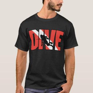 T-shirt da obscuridade da movimentação do