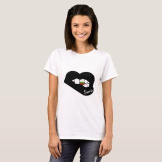 T-shirt de Bulgária dos lábios de Sharnia (lábios