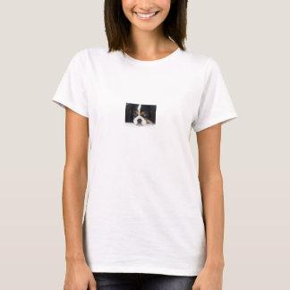 T-shirt descuidado do Spaniel de rei Charles tri