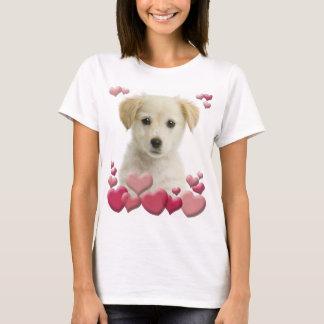 T-shirt do amor de filhote de cachorro