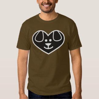 T-shirt do coração do cão
