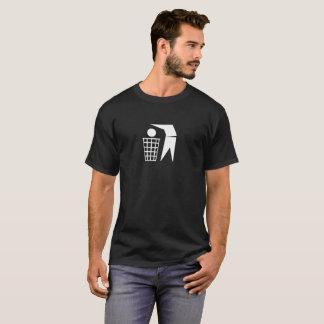 T-shirt do homem de lixo