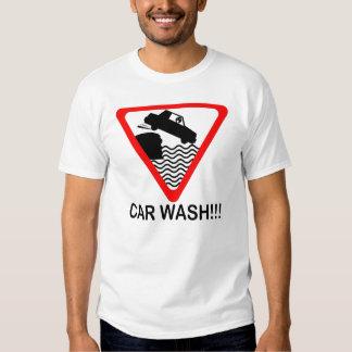T-shirt do lavagem de carros