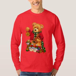 T-shirt dos homens do feriado do urso do Natal