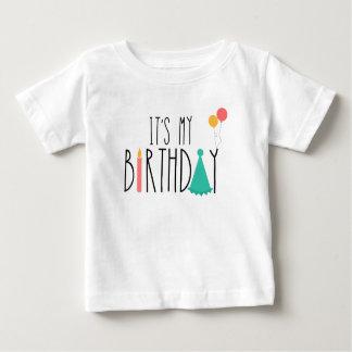 T-shirt É meu T dos miúdos do bebê do aniversário