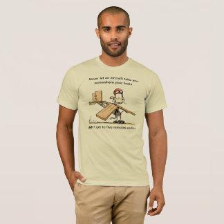 T-shirt engraçado da piada da aviação do rato