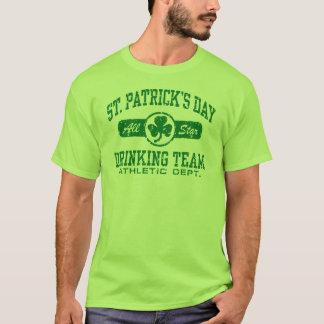 T-shirt Equipe do bebendo do dia de St Patrick
