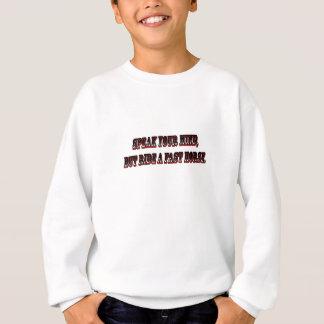 T-shirt fale sua mente mas monte um cavalo rápido