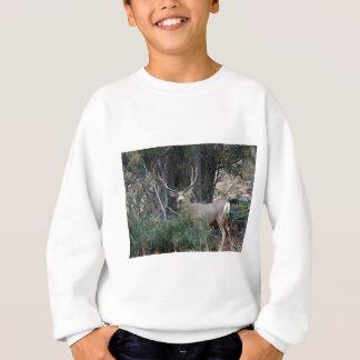 T-shirt Fanfarrão do dente reto dos cervos de mula