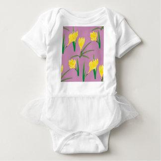 T-shirt Flores amarelas do açafrão