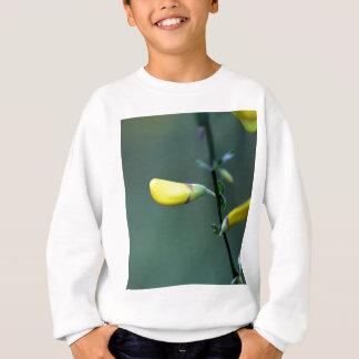 T-shirt Flores de um arbusto alemão do Greenweed