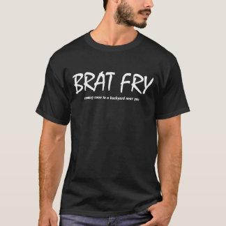 T-shirt Fritada do pirralho - vindo logo a um quintal