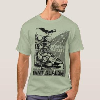 T-shirt gigante da bota de esqui do esporte de