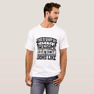 T-shirt impressionante do pediatra