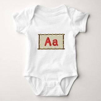T-shirt Letra do alfabeto