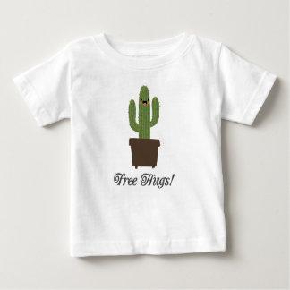 T-shirt livre do bebê dos abraços   do cacto