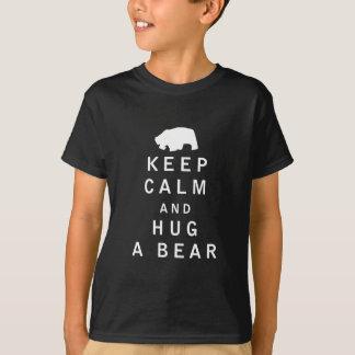 T-shirt Mantenha a calma e abrace um urso