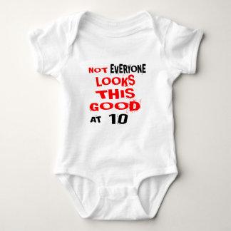 T-shirt Não cada olha este bom 10 no aniversário Desig
