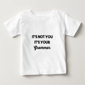 T-shirt Não é você que é sua gramática