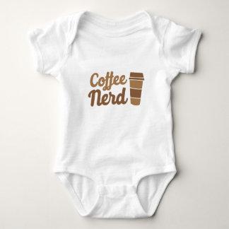 T-shirt nerd do café
