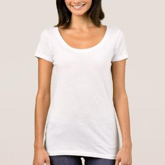 T-shirt nivelado seguinte do pescoço da colher das