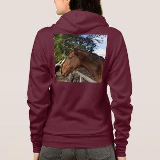 T-shirt O cavalo de Brown chamou Bennie que ama uma