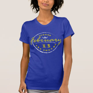 T-shirt O Queens é nascido o 13 de fevereiro (lavado &