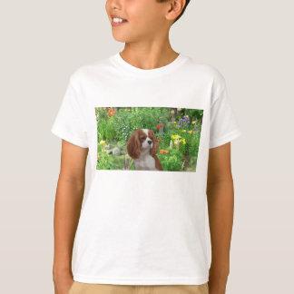 T-shirt O Spaniel de rei Charles descuidado caçoa o