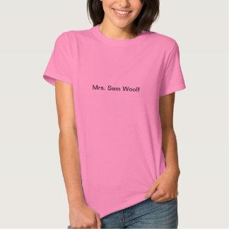 T-shirt pequeno, cor-de-rosa da Sra. Sam Woolf