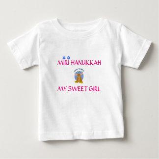 T-shirt personalizado de Hanukkah para sua menina