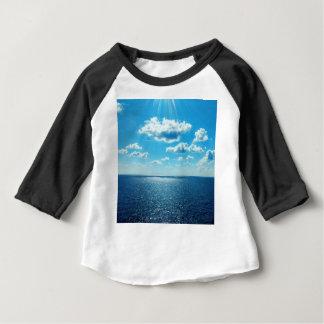 T-shirt Raios sobre o mar