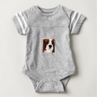 T-shirt Spaniel de rei Charles descuidado marrom moderno