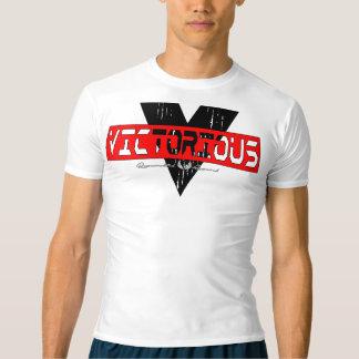 T-shirt vitorioso da compressão do desempenho dos