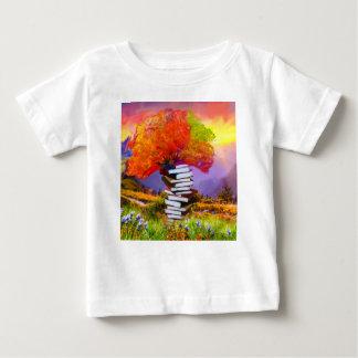 T-shirts A educação será sempre a base se todo o sucesso
