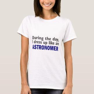 T-shirts Astrónomo durante o dia