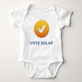T-shirts Bebê solar do voto!