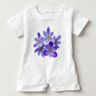 T-shirts Cinco açafrões violetas 05,0, cumprimentos do