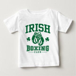 T-shirts Encaixotamento irlandês