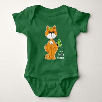 T-shirts Gatinho com o Bodysuit do bebê do dia de St