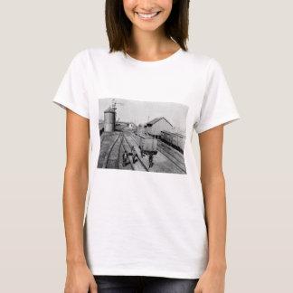 T-shirts Jarda do sílex & da estrada de ferro de Pere